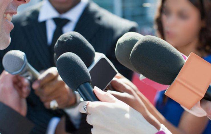 Relations entre la FFP et les médias